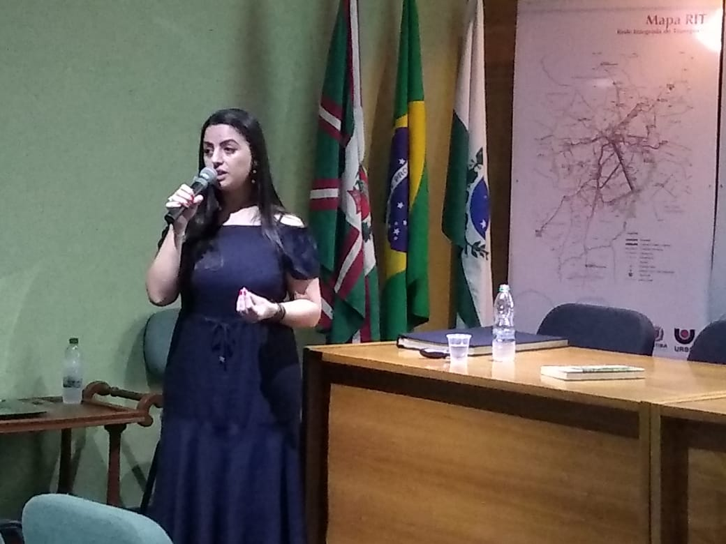 Cristiane Assumpção - Palestra sobre Suicídio - URBS